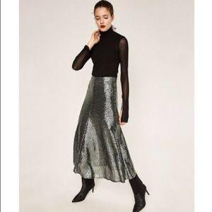 ZARA gray sequin skirt